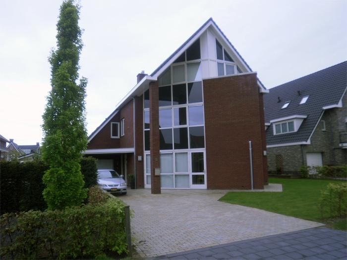 Modern poortinga bouw for Afbeelding van moderne huizen